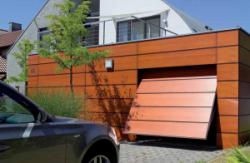 Подъемно-поворотные гаражные ворота Berry